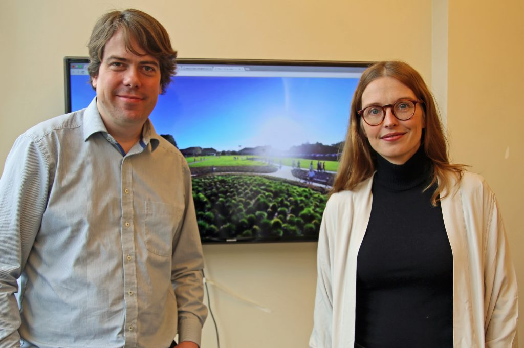 Ulla Engestroem and Martin Heller in February 2016 in Thinglinks Palo Alto HQ. On screen the interactive WELTN24-project with the new thinglink VR tool.