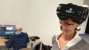 Kontrolle der 360°-Videobilder während des Workshops mit IntoVR.