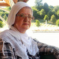 Hajra Ćatić, Witwe aus Srebrenica