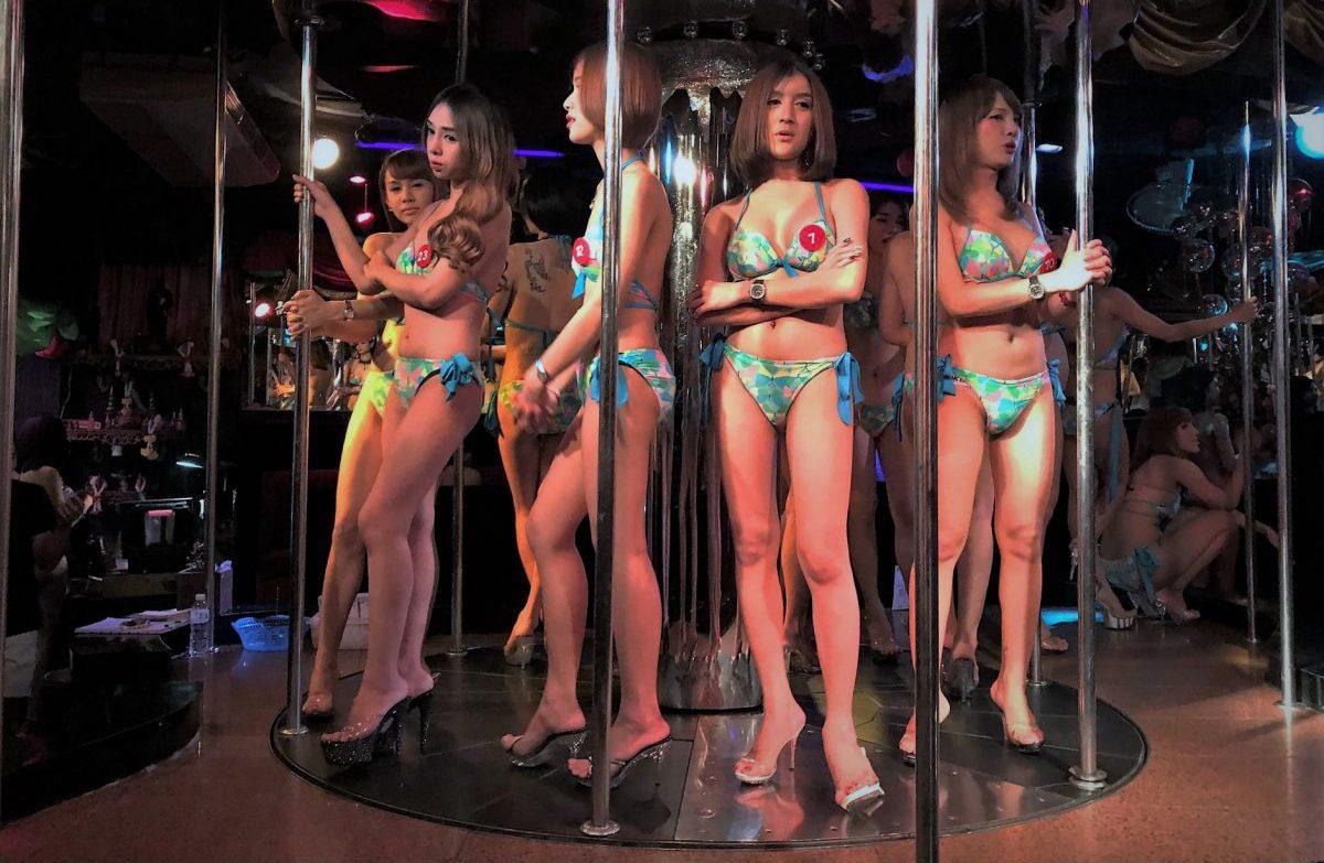 Ladyboys-Show in Bangkok Foto: Leander Wattig)