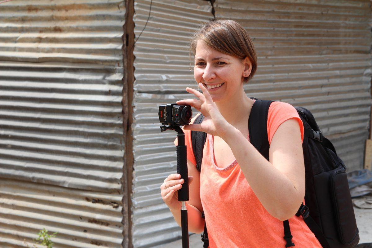 IntoVR-Reporterin Angela Kea in Indien