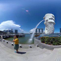 Im Zentrum der Metropole Singapur. Fantastische Kulisse für ein 360°-Video.