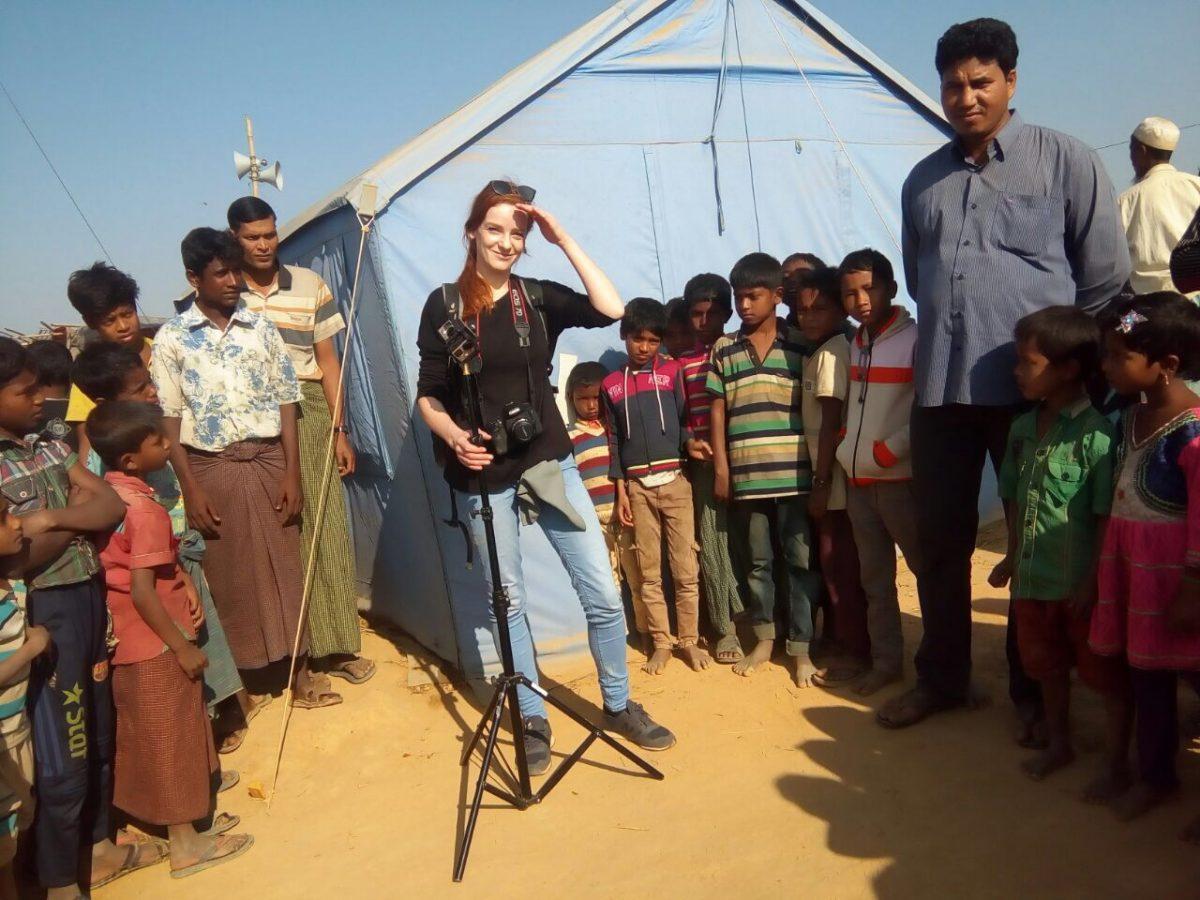 IntoVR-Reporterin Christiane Wittenbecher in Bangladesch