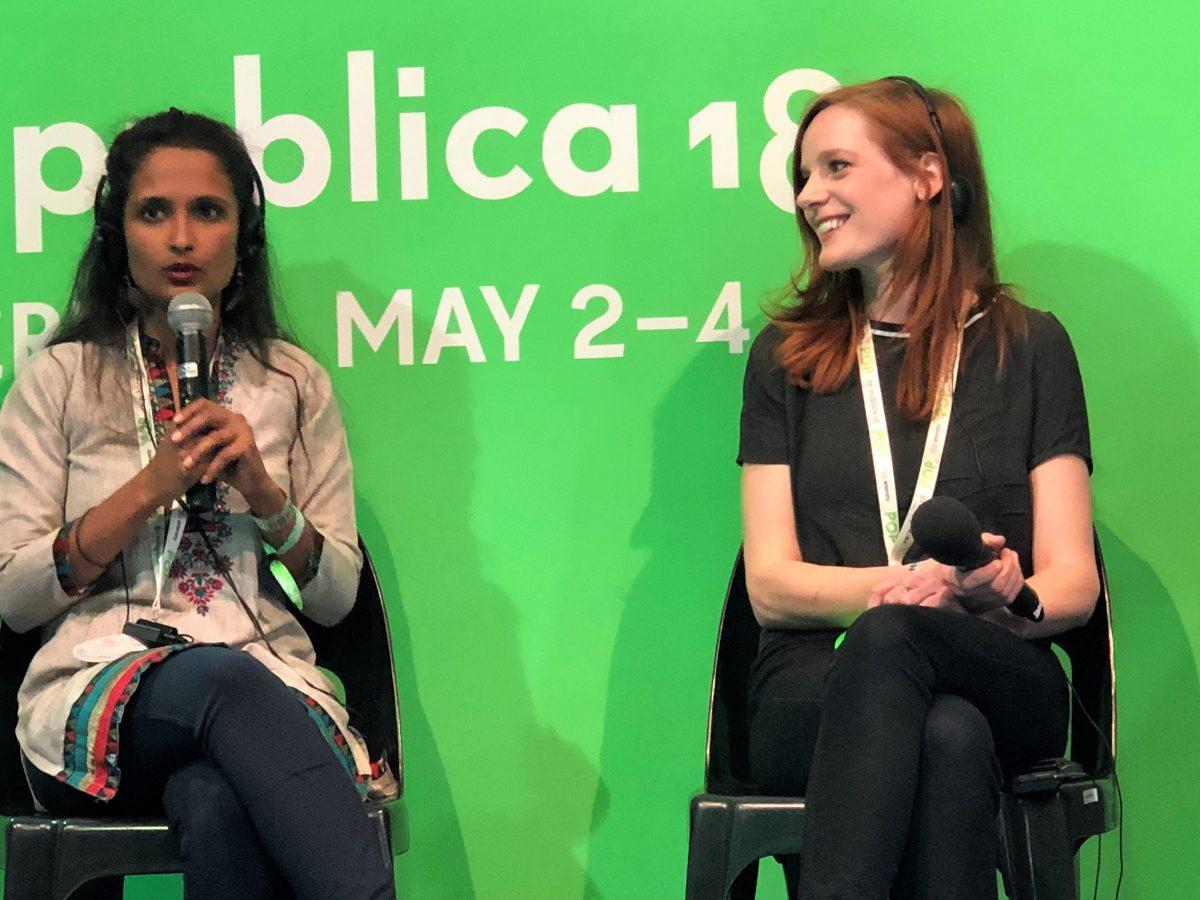 "Links im Bild: Gayatri Parameswaran, mit Christiane Wittenbecher auf dem re.:publica Panel ""VR in crisis regions - Possibilities, limits, do's and dont's"" Foto: Angela Kea"