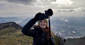 IntoVR-Journalistin Christiane Wittenbecher bei den Dreharbeiten für das 360°-Video.