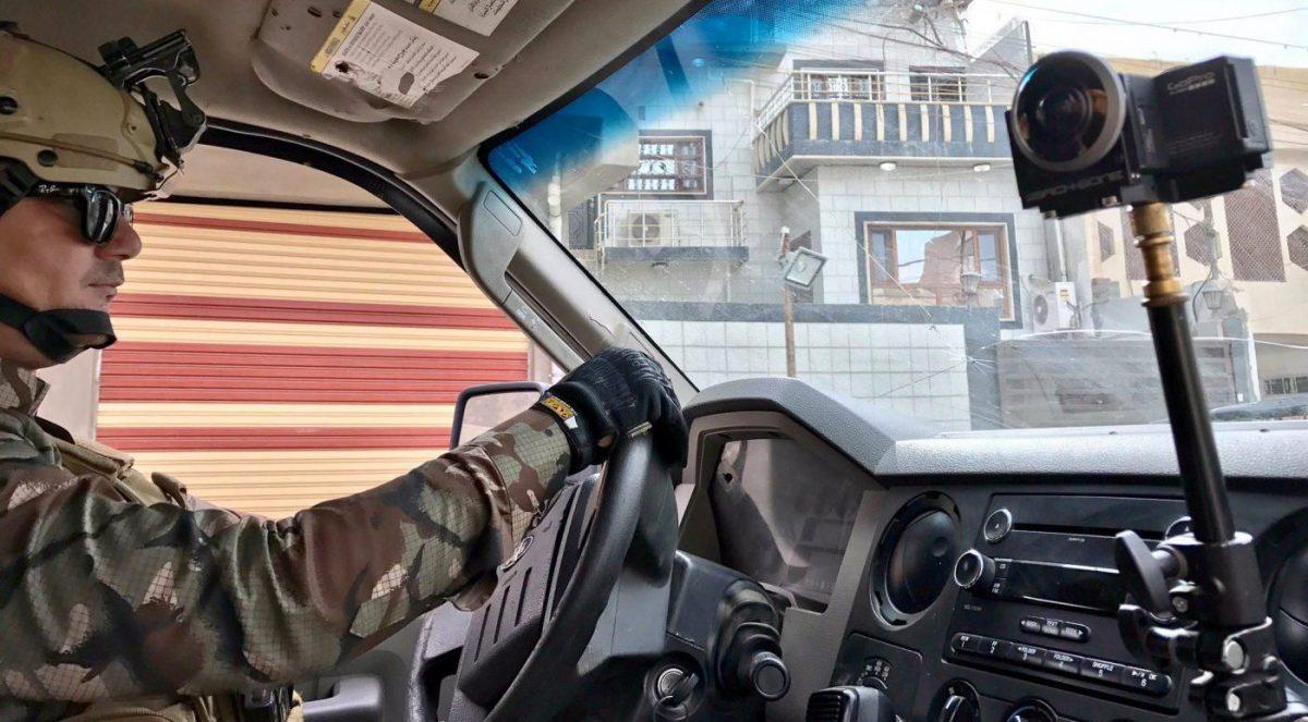 Back-to-back-360°-Kamera mit Entaniya-Linsen im Auto.