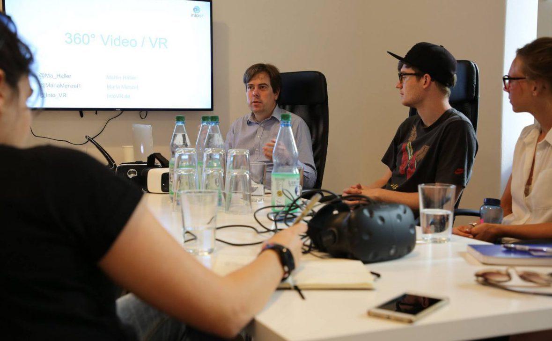 Workshop mit Studierenden der Hochschule für Medien, Kommunikation und Wirtschaft bei IntoVR in Berlin