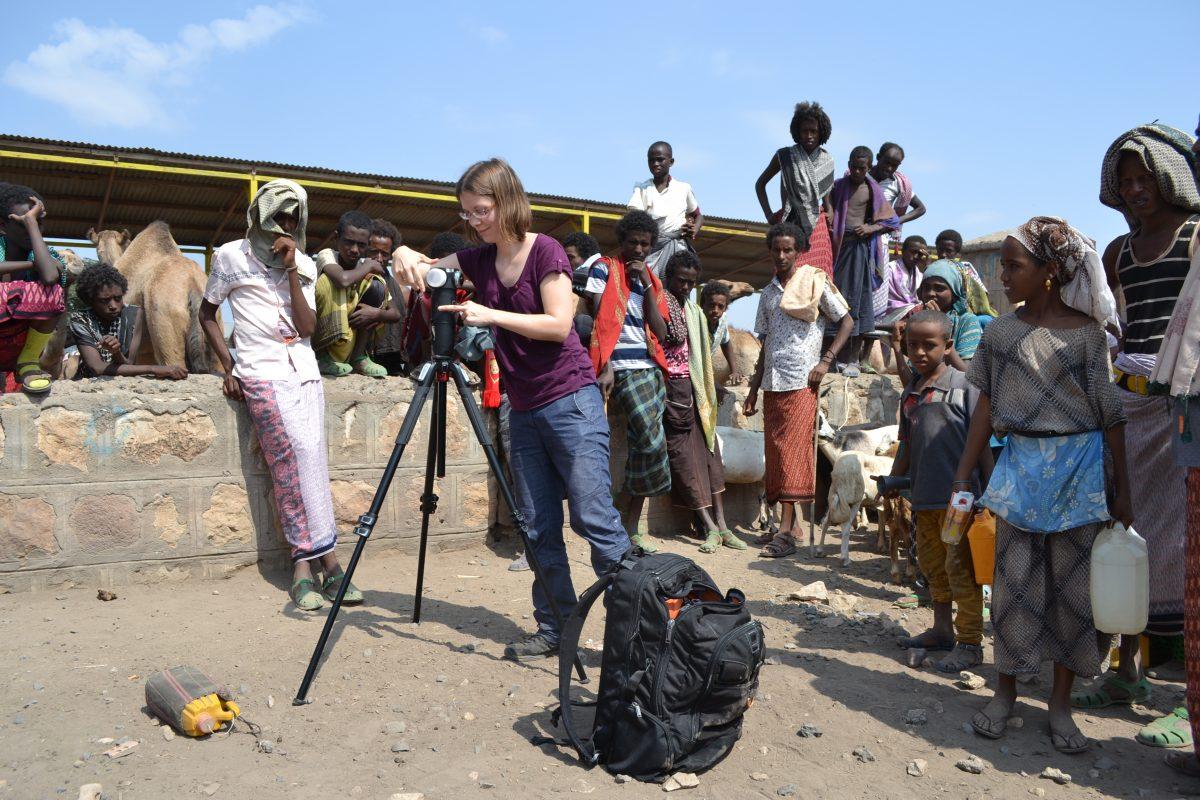 Der Viehmarkt in Chifra: Hier werden Schafe, Ziegen, Kühe und Kamele verkauft. Das große Treiben ist perfekt für die 360°-Kamera.
