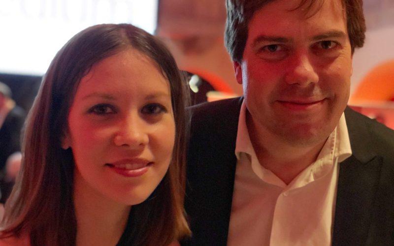 Susanne Dickel und Martin Heller von IntoVR bei der Preisverleihung für die Journalisten des Jahres 2017 in Berlin.