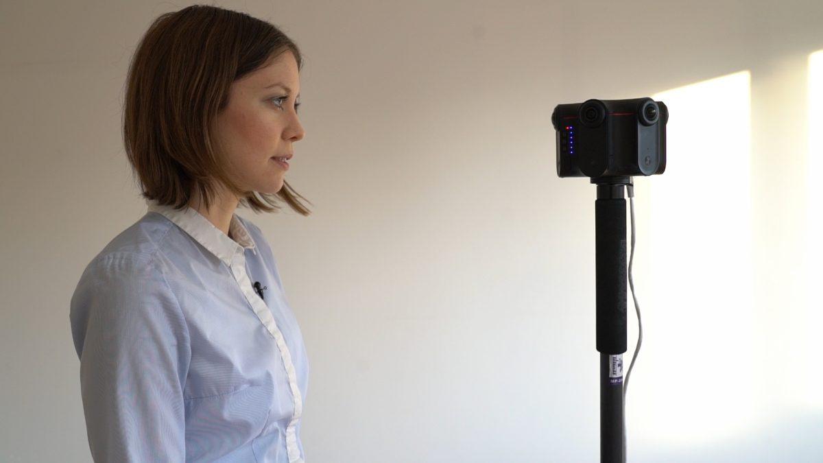 Susanne Dickel liefert als Moderatorin den historischen Kontext zu den gesehenen Szenen.