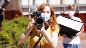 Christiane Wittenbecher bei den Dreharbeiten für Cornelsen im Spätsommer